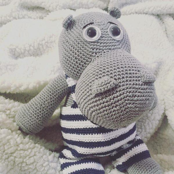 hippo amigurumi