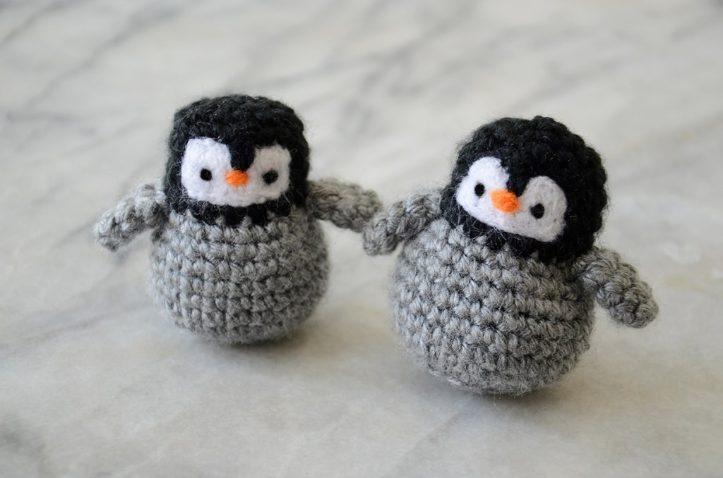 tiny penguin amigurumi