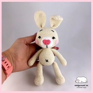 finished bunny amigurumi