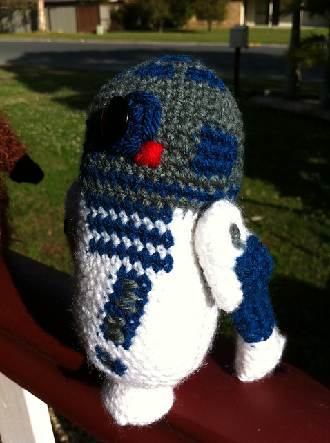 CROCHET PATTERN - Droid R2D2 amigurumi pattern (With images ... | 640x478